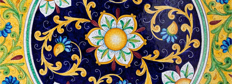 Scopri i nostri tavoli dipinti a mano